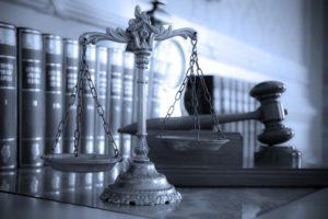 Кто оплачивает экспертизу для суда?