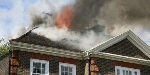 Что вам даст независимая экспертиза после пожара дома для суда