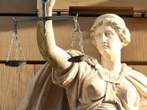 Проведение правовой экспертизы приказов