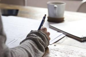 Почерковедческая экспертиза – как оспорить заключение